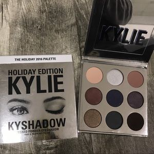 Kylie cosmetics the holiday 2016 pallet